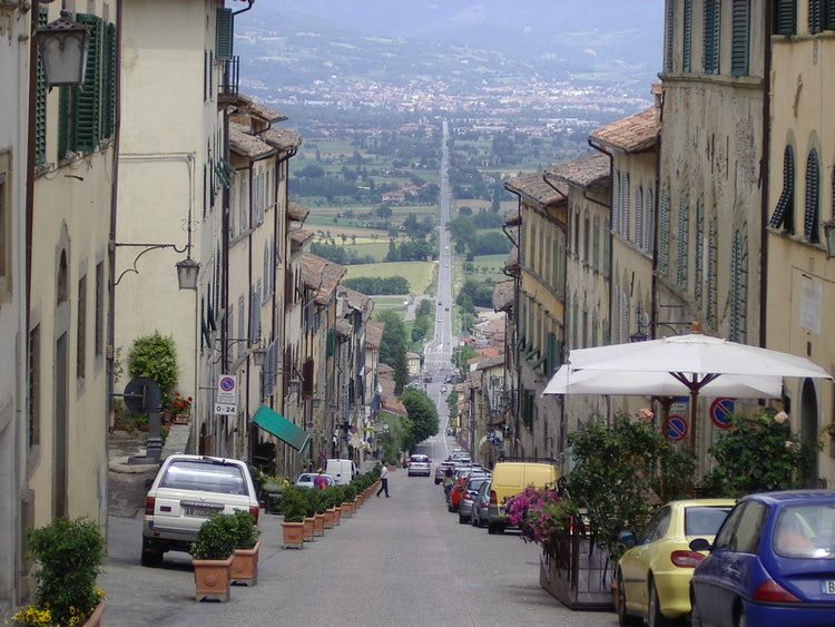 Main road from the valley to Anghiari