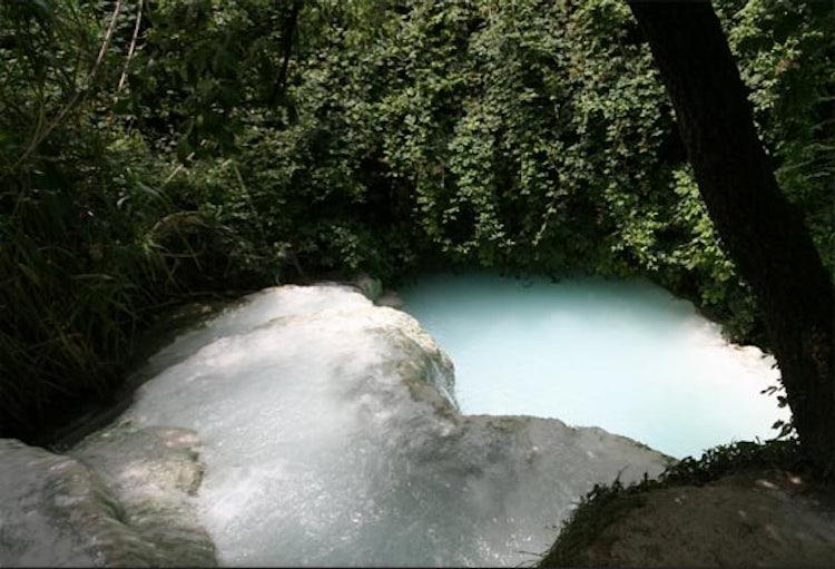 Terme in Toscana: le sorgenti di acqua calda all\'aperto di Bagni San ...