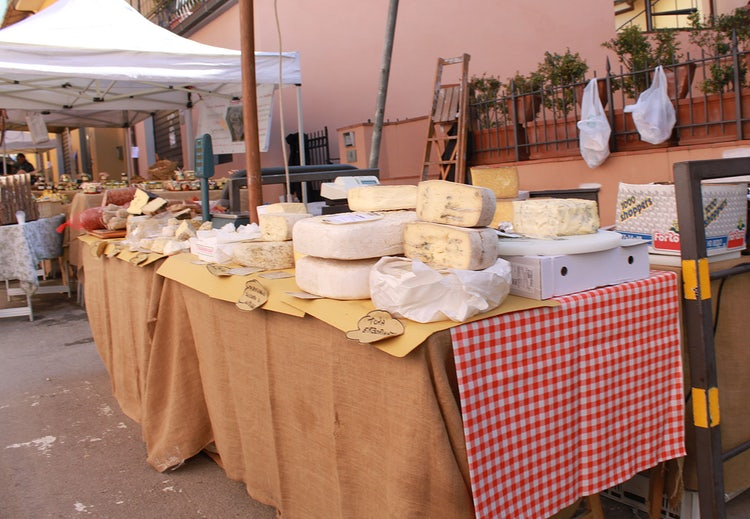 Daily Market with Cheese and more at Panzano