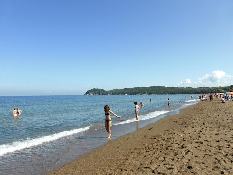 baratti beach