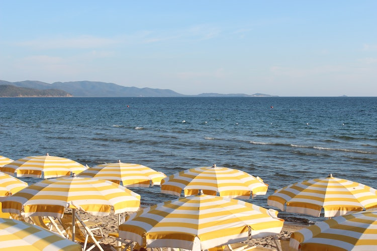 Best Beaches in Val di Cornia: Follonica