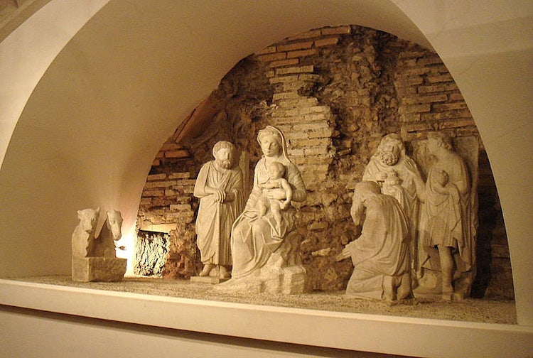 Arnolfo di Cambio and the first Nativity Scene in Italy
