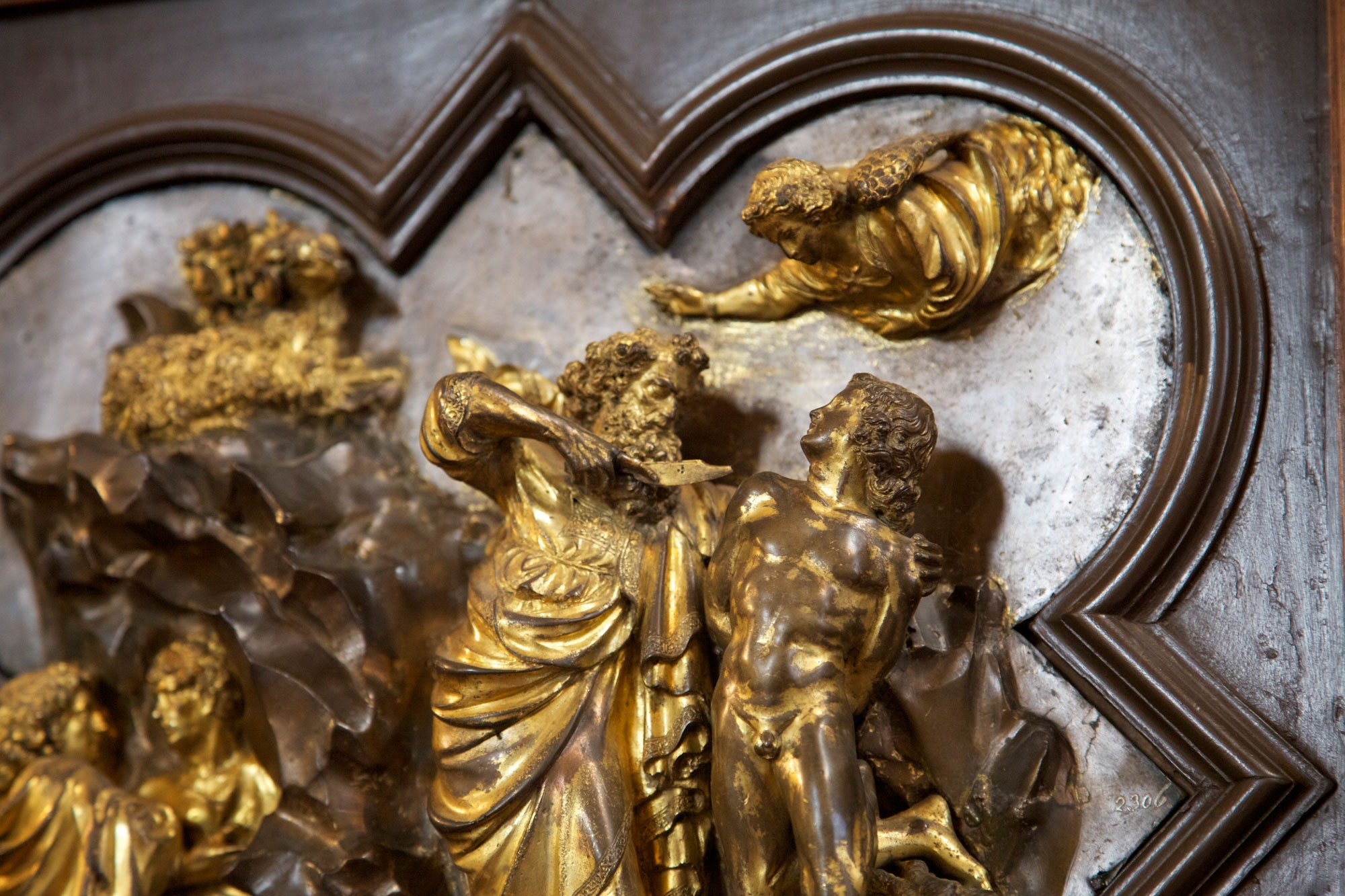 ... of the 15th century the Arte of Calimala (the Wool Merchants\u0027 Guild) announced a public competition to design the Baptistery\u0027s northern doors. & Florence Baptistery:Visit Florence and the Baptistery of St.John Pezcame.Com