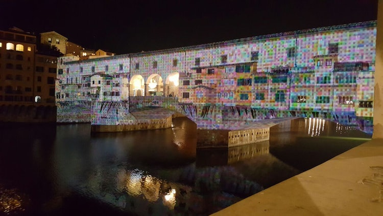 F-lights in Florence for the holidays illuminating Ponte Vecchio