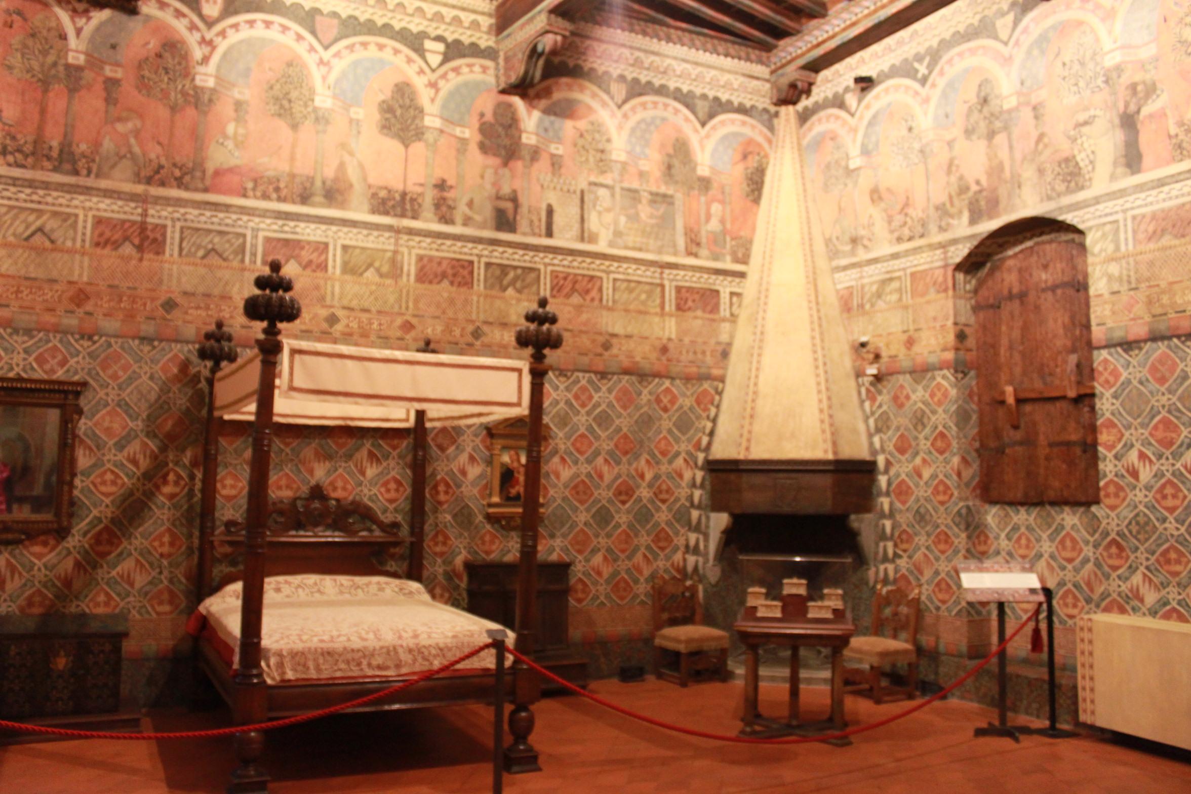 Camere Da Letto Medievali : Palazzo davanzati a firenze scoprie il mondo della famiglia