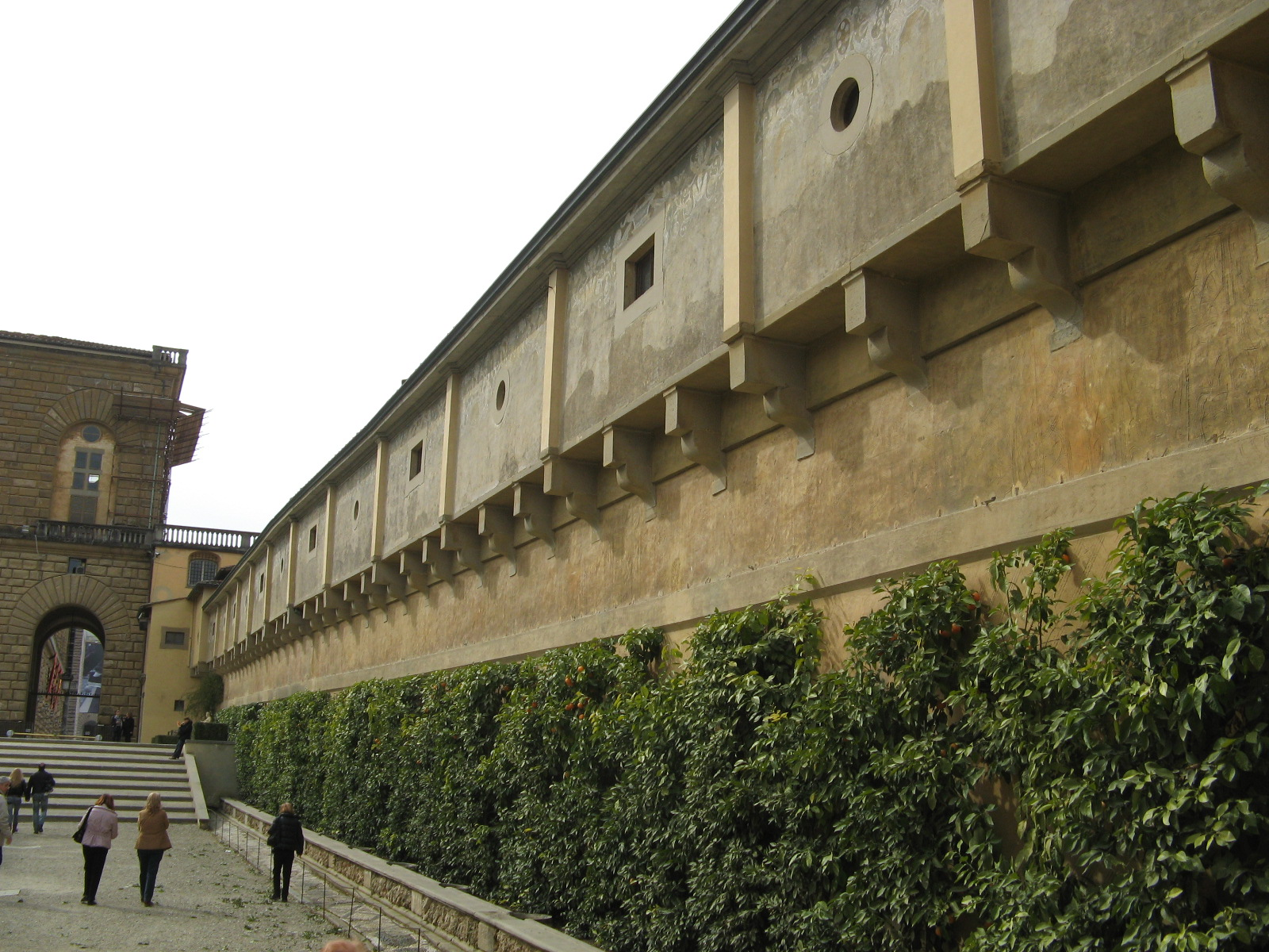 Lungo Il Corridoio In Inglese : Corridoio vasariano firenze storia ed introduzione al corridoio