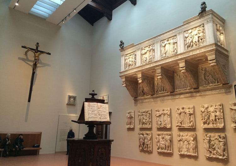 Cantoria room