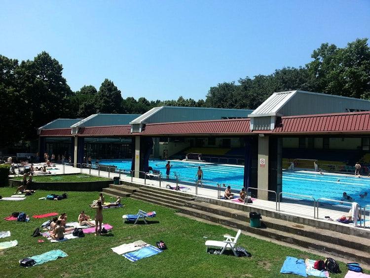 piscine a firenze le migliori piscine estive aperte al