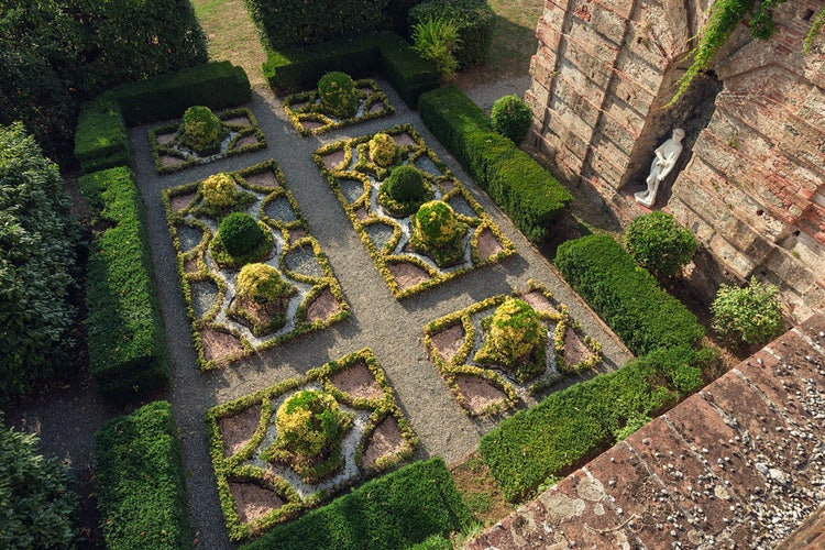 giardino della villa del Vescovo