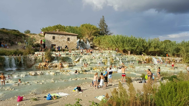 Saturnia in the Maremma near Sovana, the  Città del Tufo