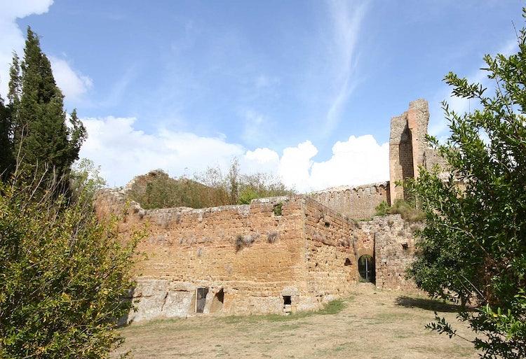 Sovana: The  Città del Tufo in Maremma, southern Tuscany