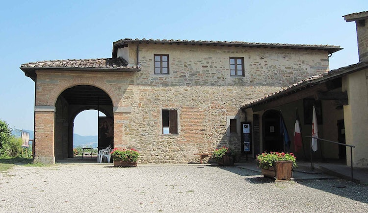 House of Giotto restructured in Mugello