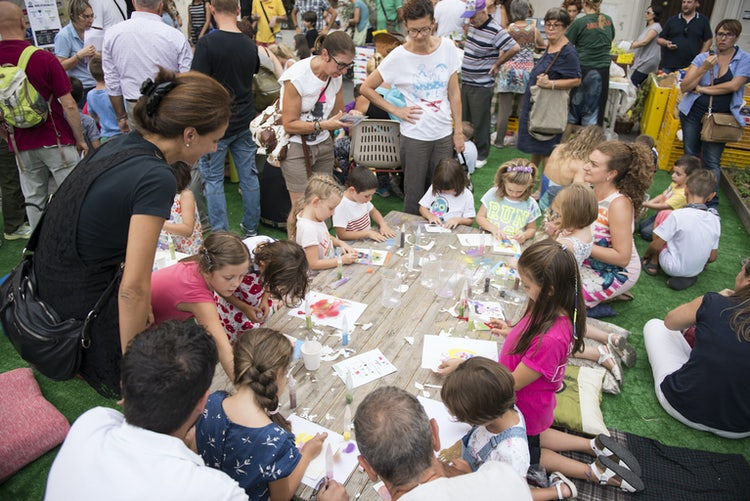 Music & activities for the kids in the main square of Prato, Tuscany