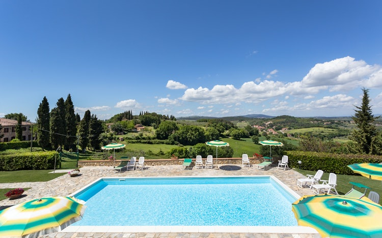 Casa Podere Monti: Pool side with Panorama