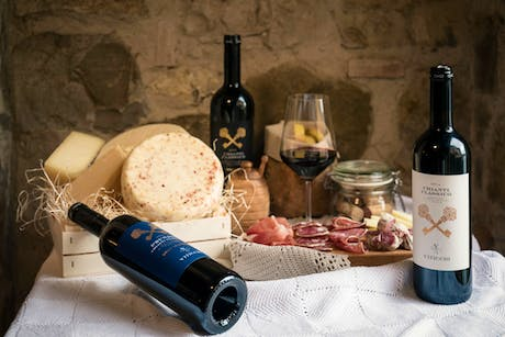 Itineraries vineyards for wine tasting in tuscany viticcio the passion behind a chianti classico vineyard solutioingenieria Images