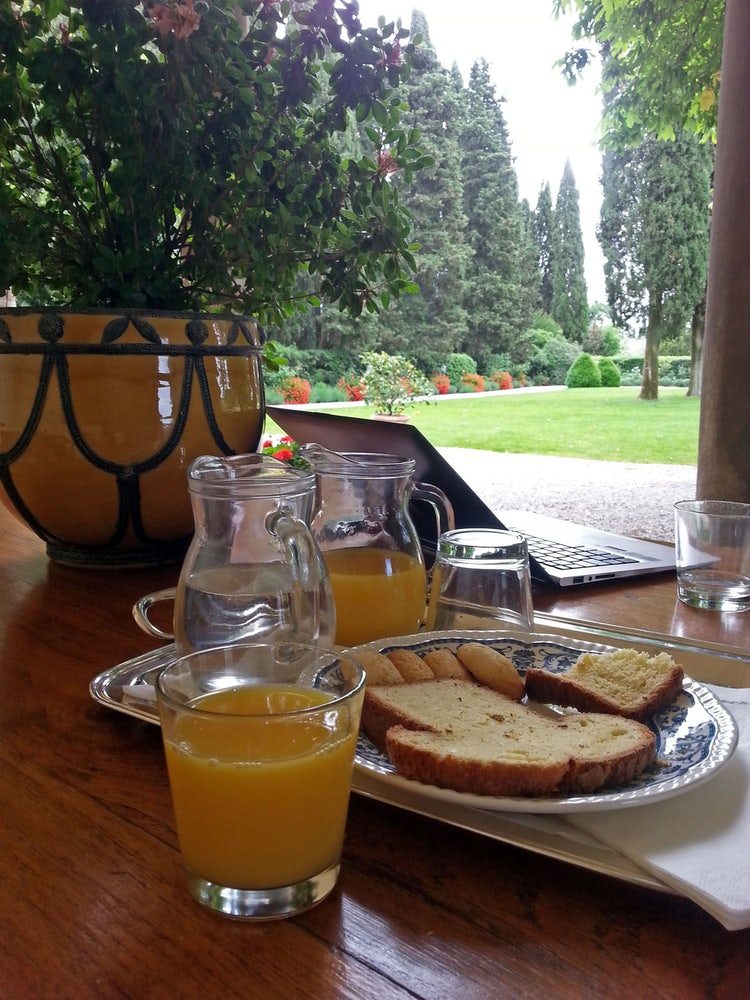 Afternoon snack at Il Villa il Poggiale