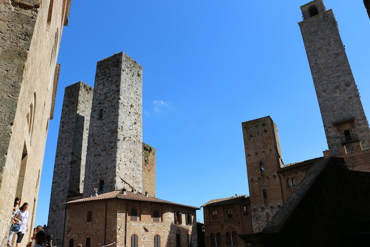 How to get to the Towers in San Gimignano