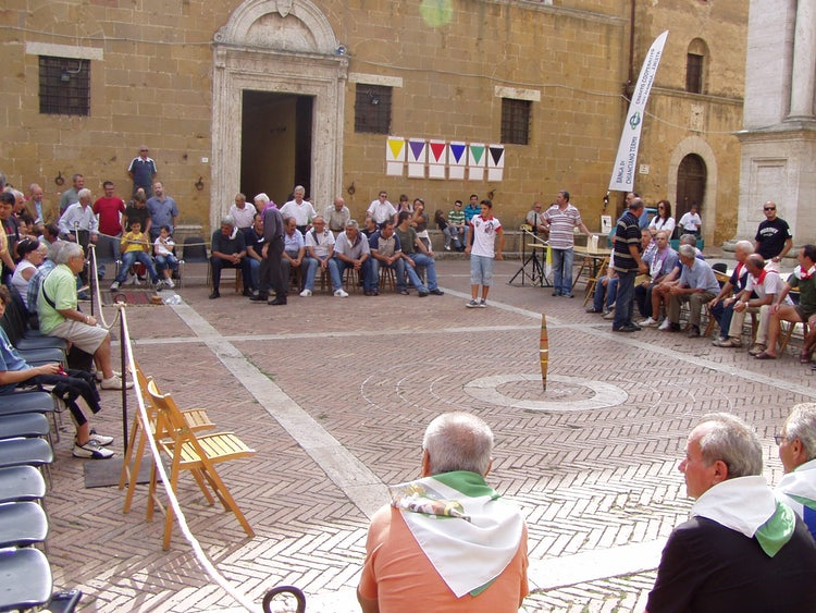 Cheese Market in Pienza every September (Fiera del Cacio)